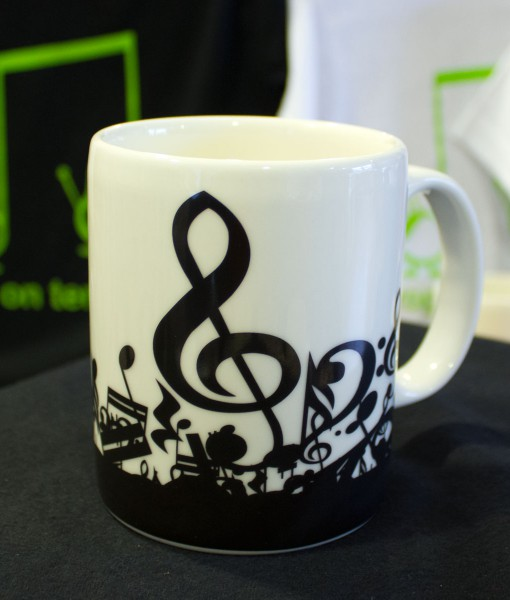 musical-mug-treble-clef-right