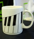 musical-piano-mug-right-2
