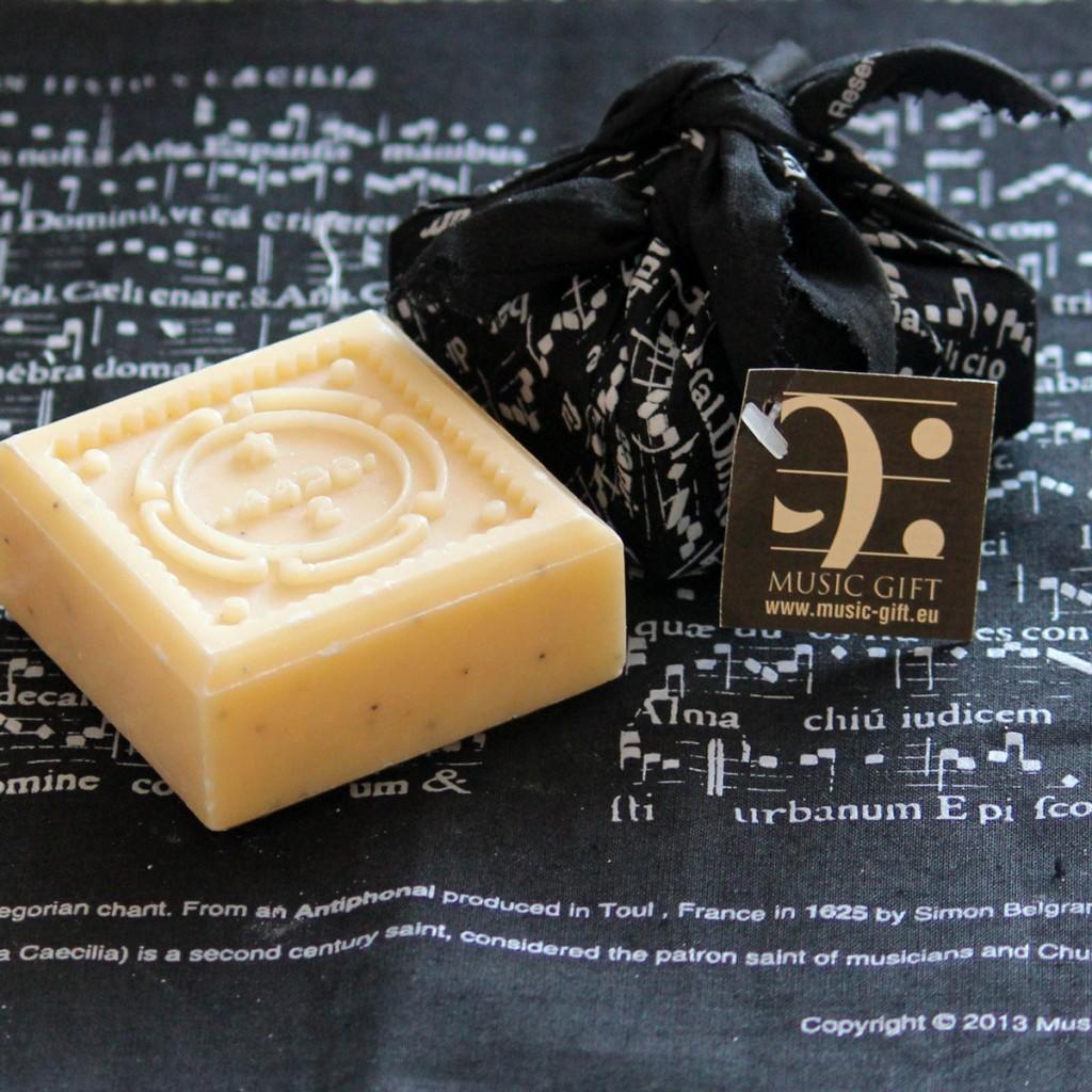 soap-st-cecilia-black